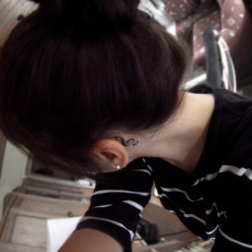 Rhena.'s avatar