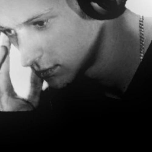 Lenny Cesàr Mixtapes's avatar