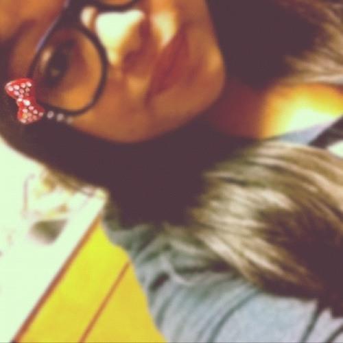 -rayneee . <3's avatar