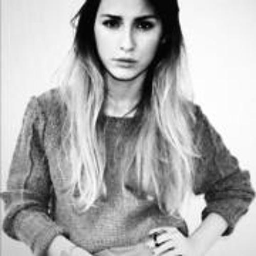 Ariana LLeshaj's avatar