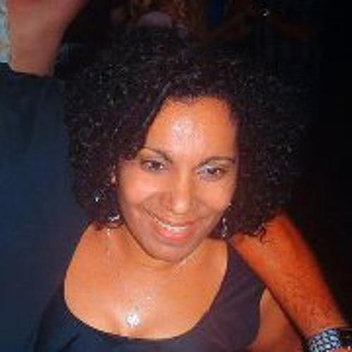 Amarilis Lily Garcia's avatar
