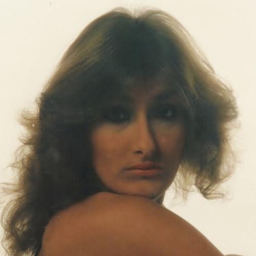 Trisha M M's avatar