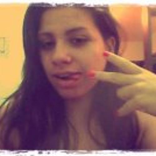 Kamila Ramos's avatar