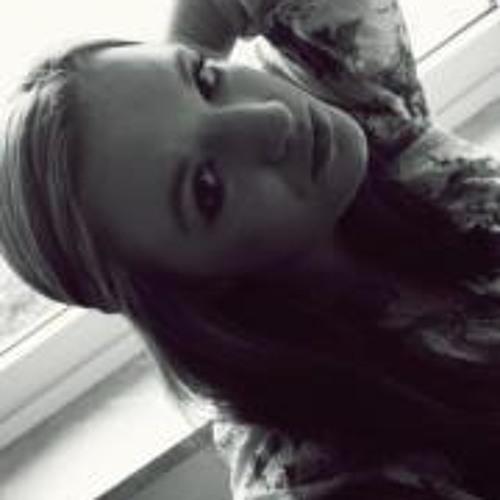 Nora Rmp's avatar