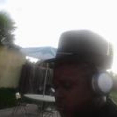 ISAIAH SANDERS ONDEQUEST's avatar