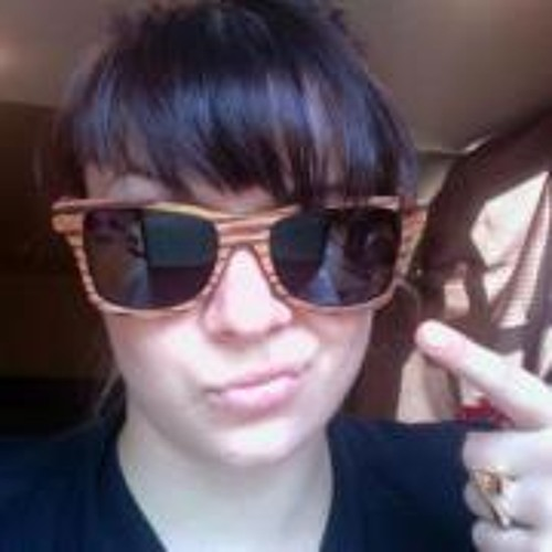 Lisa Eckert's avatar