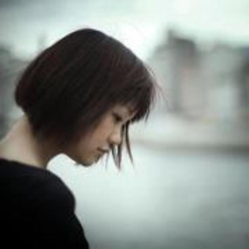 Lisa  Yagi's avatar