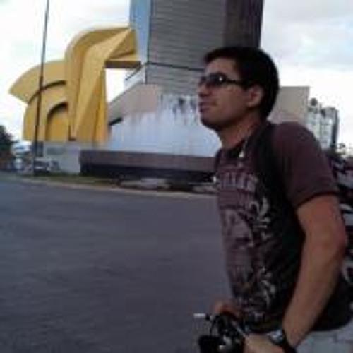 Alejandro Lonngi's avatar