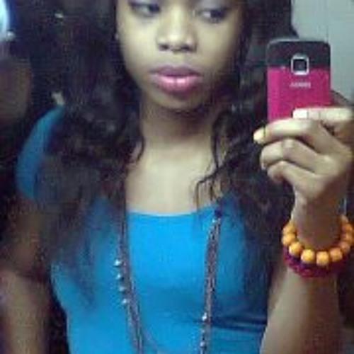 Gaelle Vanessa Angoa's avatar
