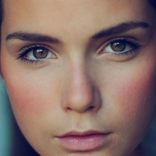 Roxana Official's avatar