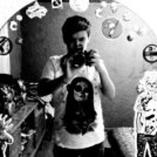 Zeroor Famouss's avatar