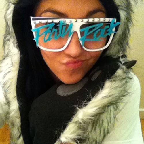 Megan Newnham's avatar