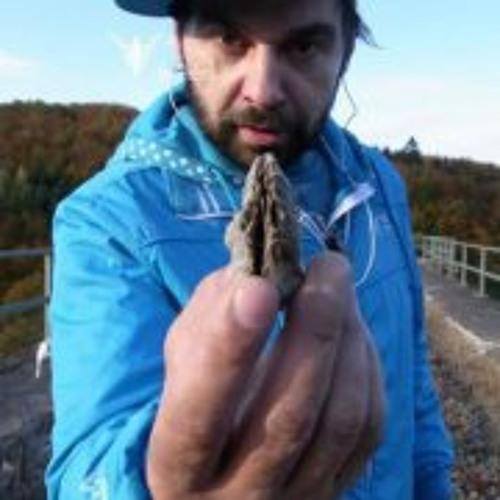 Benks Pelvis Gesichtbuch's avatar