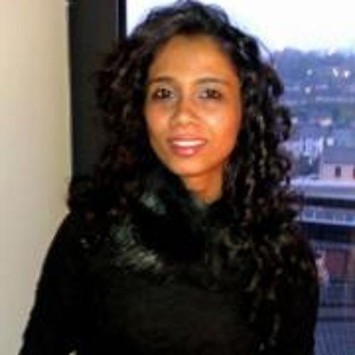 Reena Karen's avatar