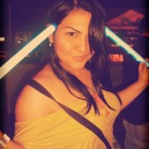 Mariana Bernal 3's avatar