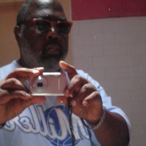 Aaron Thomas 15's avatar