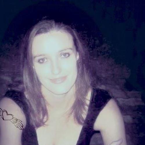 DomniqueEZ's avatar