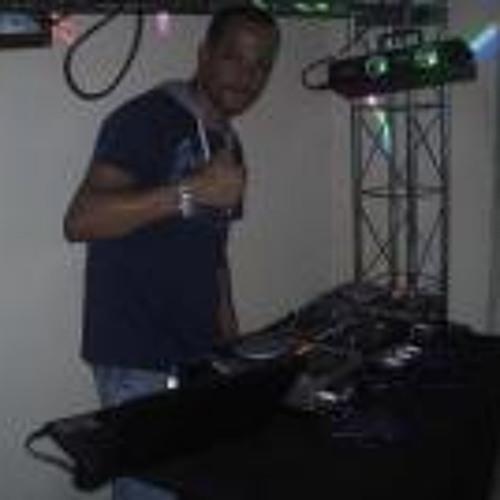 Marconi Lima's avatar