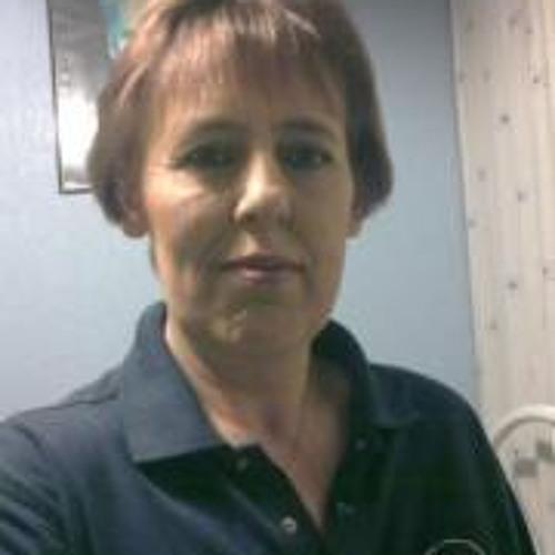 Elaine Susan Cairns's avatar