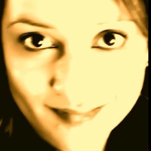 HoneyBea's avatar