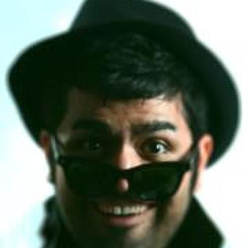 Ashkan Joushan Poosh's avatar