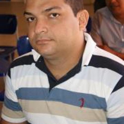Cloves Bezerra's avatar
