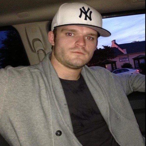 DJ' BeEasyOnMe's avatar