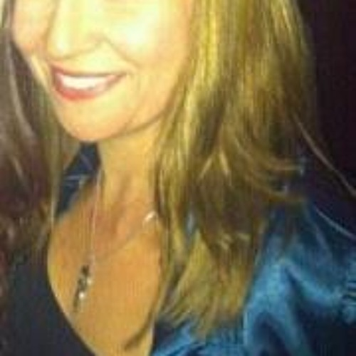 Stephanie Avers Brady's avatar