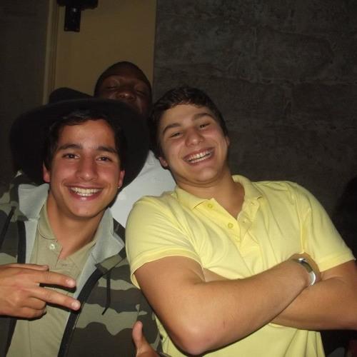 LuisFrias (Dem a Talk)'s avatar