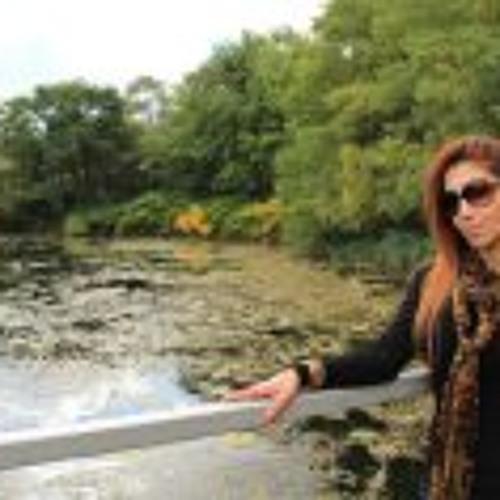 Aida Najafi's avatar