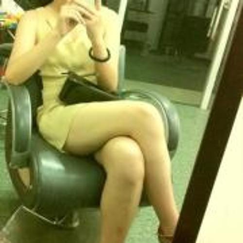 Rebecca Chan's avatar