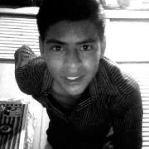 Luis Asceenciioo's avatar