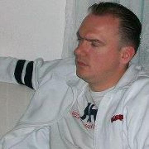 Swen Luschtinetz's avatar