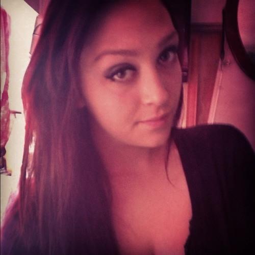 kayy :)'s avatar