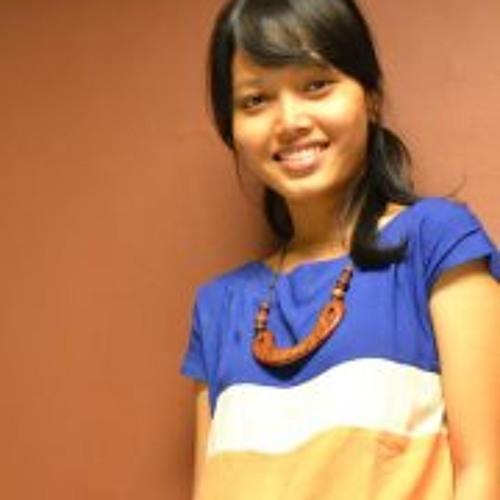 Yasinta Tri Wasiati's avatar