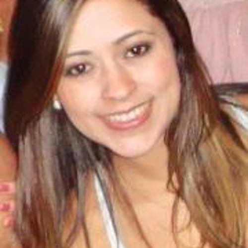 Louise Gonçalves's avatar