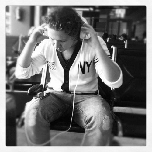 Vermeer.official's avatar