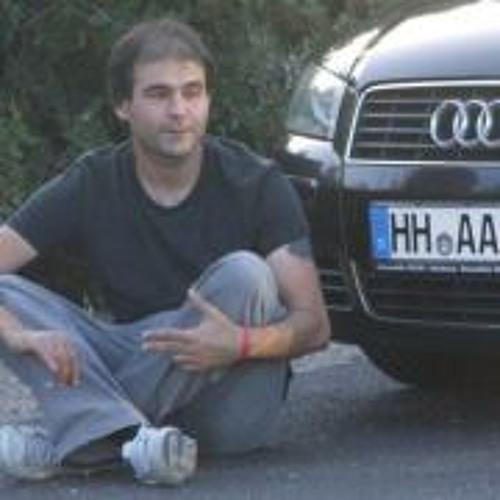 Omur Kayiran's avatar