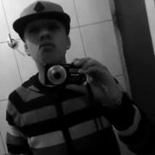 Alexandro Dinhõ's avatar