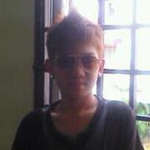 AlEx Ch0nG's avatar