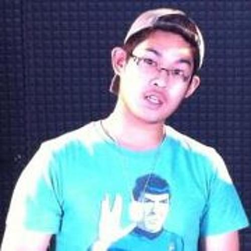 Skippy Gustilo's avatar