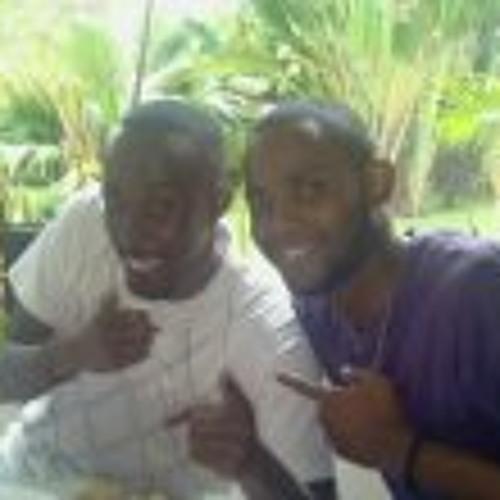 Raf Kalonji's avatar