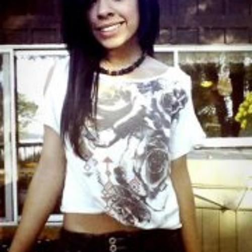 Emily Nunez's avatar