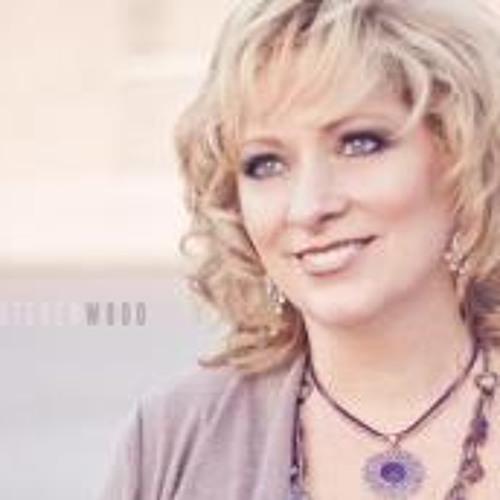 Nancy DeMello's avatar