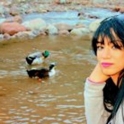 Noura Lou's avatar