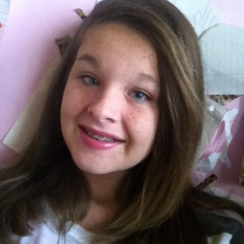 skylyn_mahone's avatar
