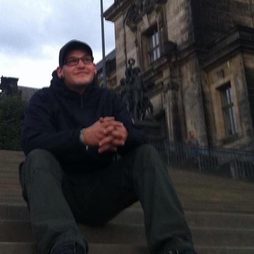Robert Stoll's avatar