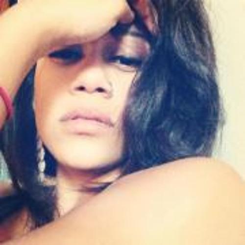 Juleesia Sandra Santiago's avatar