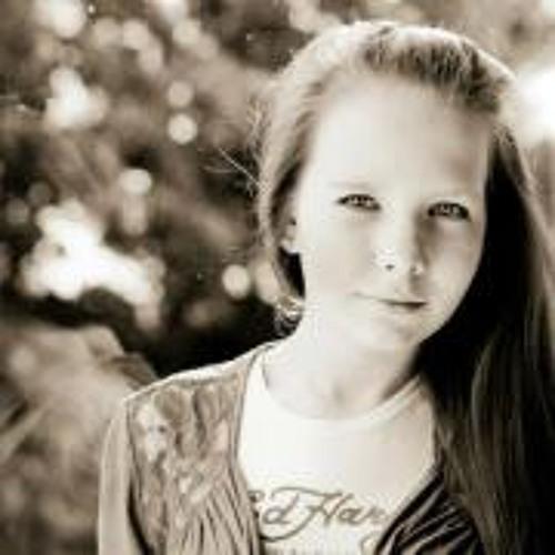 Roosi Lunden's avatar