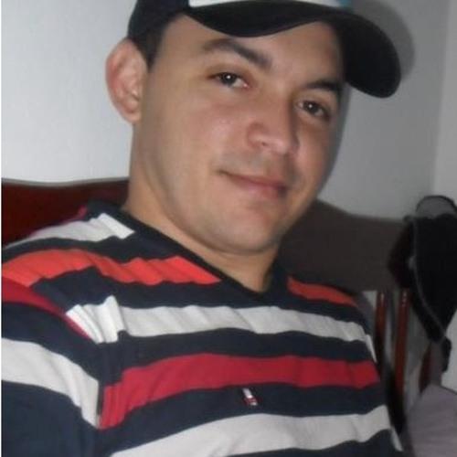 Marcelo Araujo 30's avatar